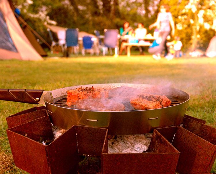 Vuurkorf Prairie kampvuur op camping met Prairie pan